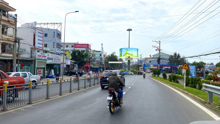 Billboard 2 Mặt Tại Vòng Xoay 19/4 – Võ Văn Kiệt – Tp. Phan Thiết – Tỉnh Bình Thuận