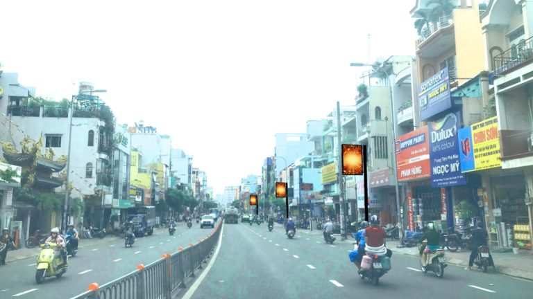 Hộp Đèn Led Outdoor Tại Đường Bạch Đằng – Quận Bình Thạnh – Tp. Hồ Chí Minh (Vị Trí 56 Trụ)